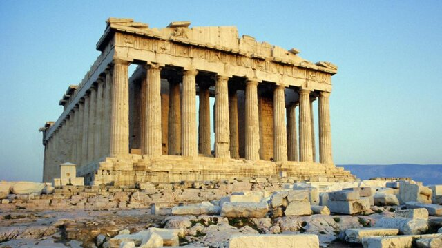 معاوضه آثار باستانی برنزی یونان با یک سرستون
